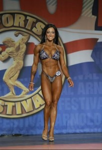 Camala Rodriguez terza classificata al Figure International 2014 - Arnold Classic 2014